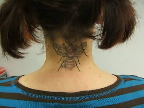 Back Neck Bee Tattoo Fashion For Girls