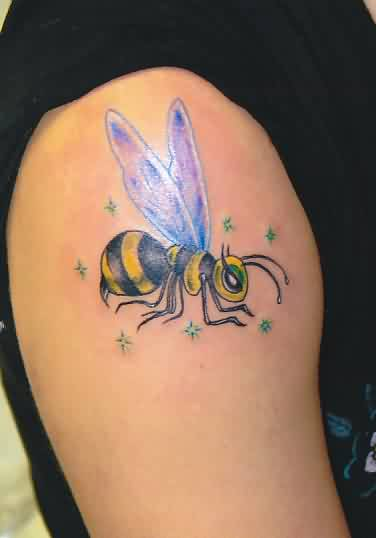 Gorgeous Bee And Tiny Star Tattoo On Shoulder