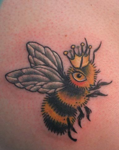 Gorgeous Queen Bee Tattoo