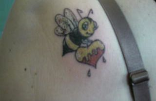 Lovely Bee With Heart Tattoo On Back Of Left Shoulder