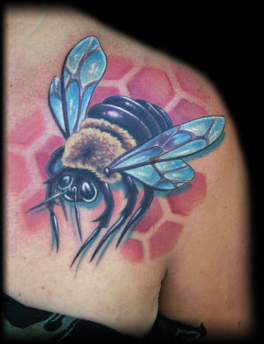 Realistic Blue Wings Bumblebee Tattoo For Women