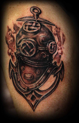 helmet tattoo grey ink scuba and diving design. Black Bedroom Furniture Sets. Home Design Ideas