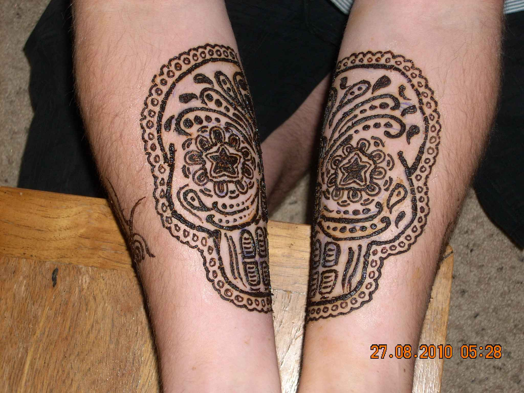 Mehndi Tattoo Designs For Leg : Henna tattoo ideas and designs page