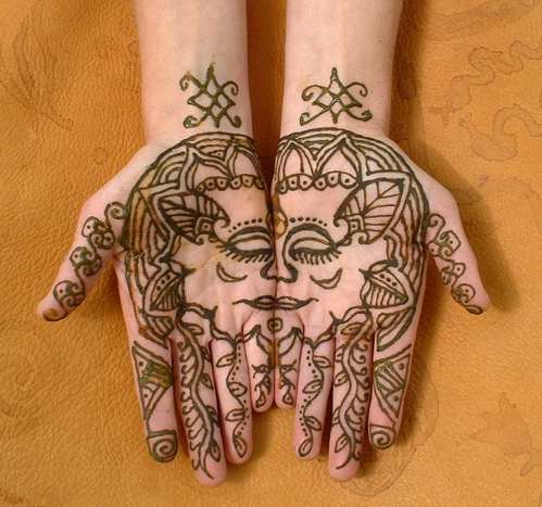 Henna Tattoo - Great Face On Hands