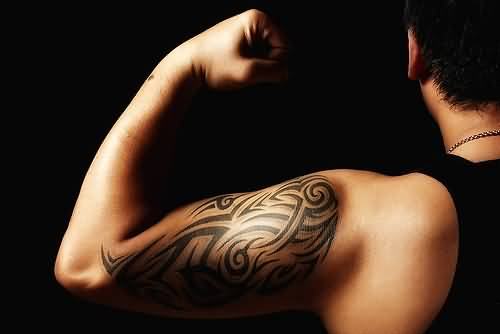 Awesome Latino Tattoo On Men's Bicep
