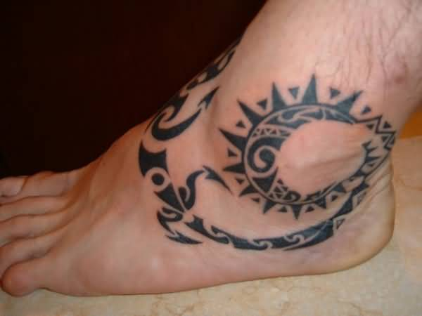 71beca2c3 Polynesian Lizard Foot Tattoo With Long Tail