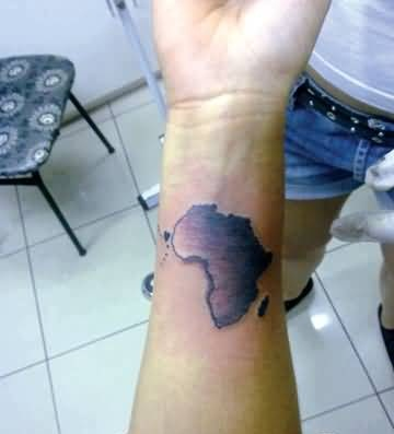 amazing-african-map-tattoo-made-by-dark-colour.jpg