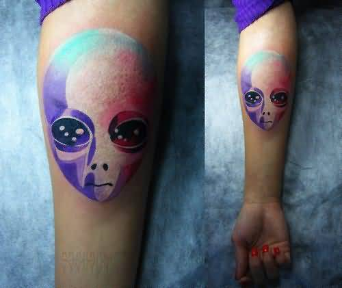 Marvelous Alien Head Tattoo Made With Different Colour
