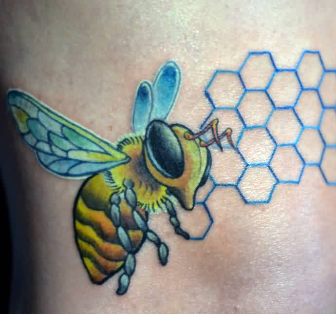 Funny Realistic Bee Tattoo Made By Tattoo Artist