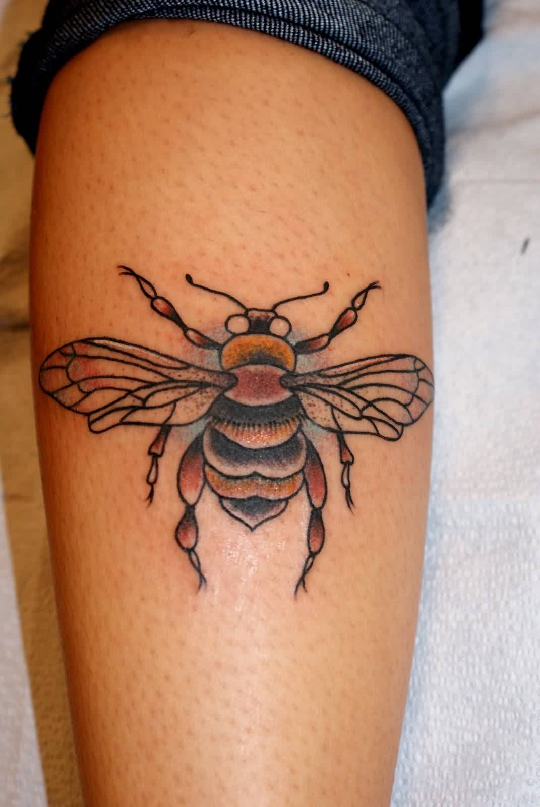 Bee Tattoos Images Pictures Page 2 Tattoos Hunter