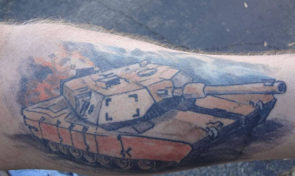 Men Sleeve Decorated With Dangerous Army Tank