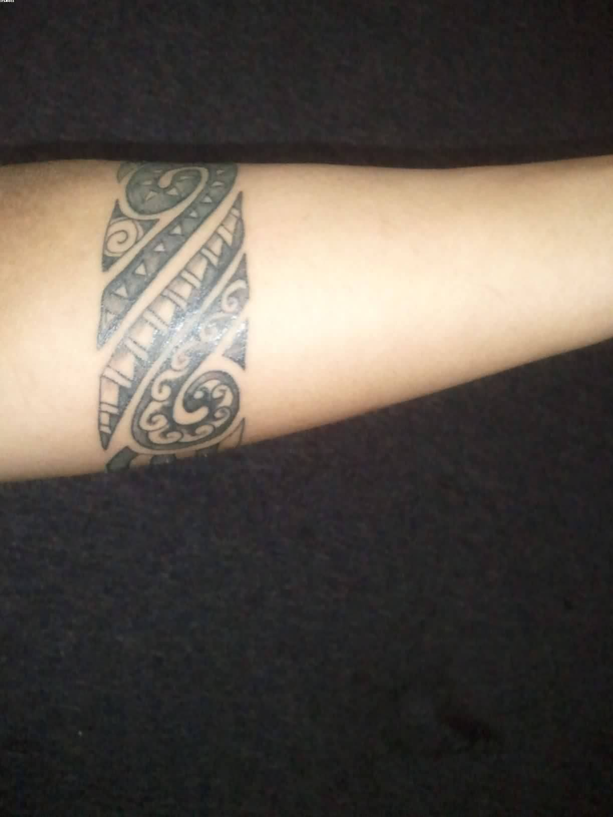 Armband tattoo ideas and armband tattoo designs page 3 for Tattoos in arm
