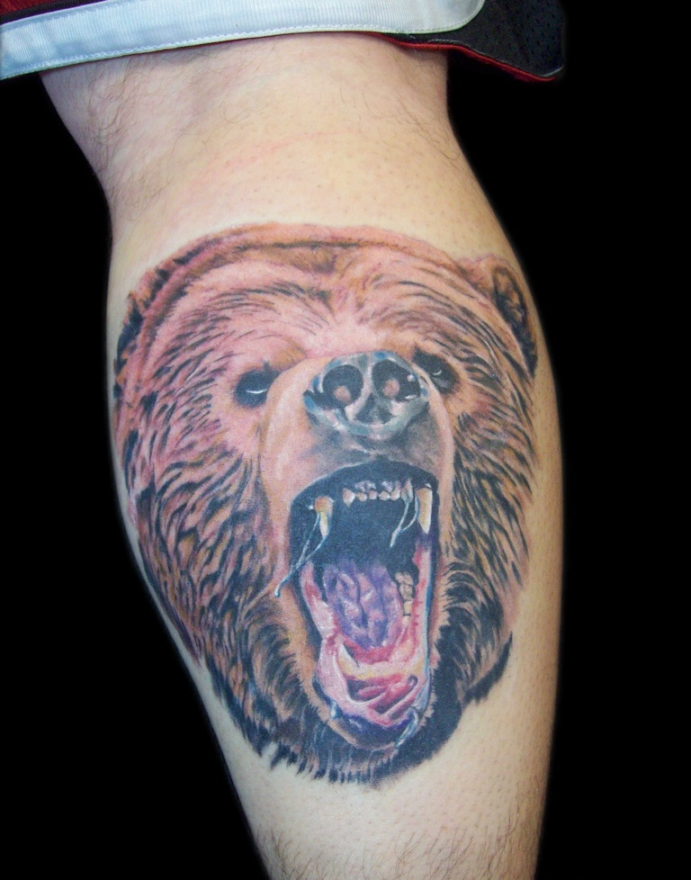 Realistic 3D Angry Bear Tattoo On Back Leg
