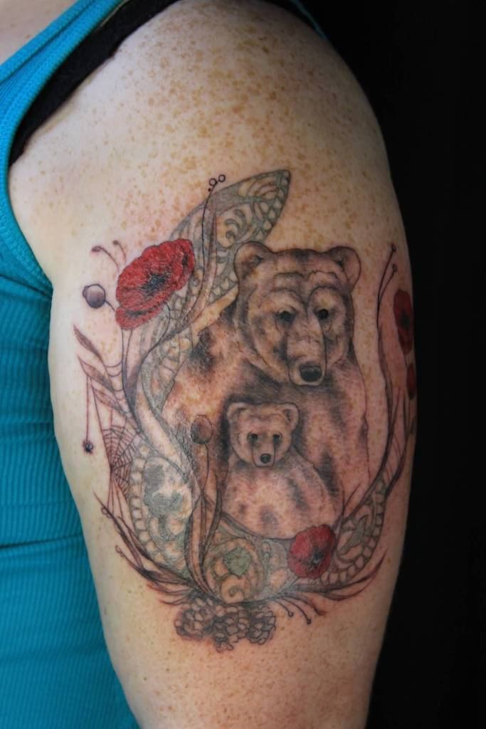 Sweet Bear Mother And Her Baby Tattoo For Bicep