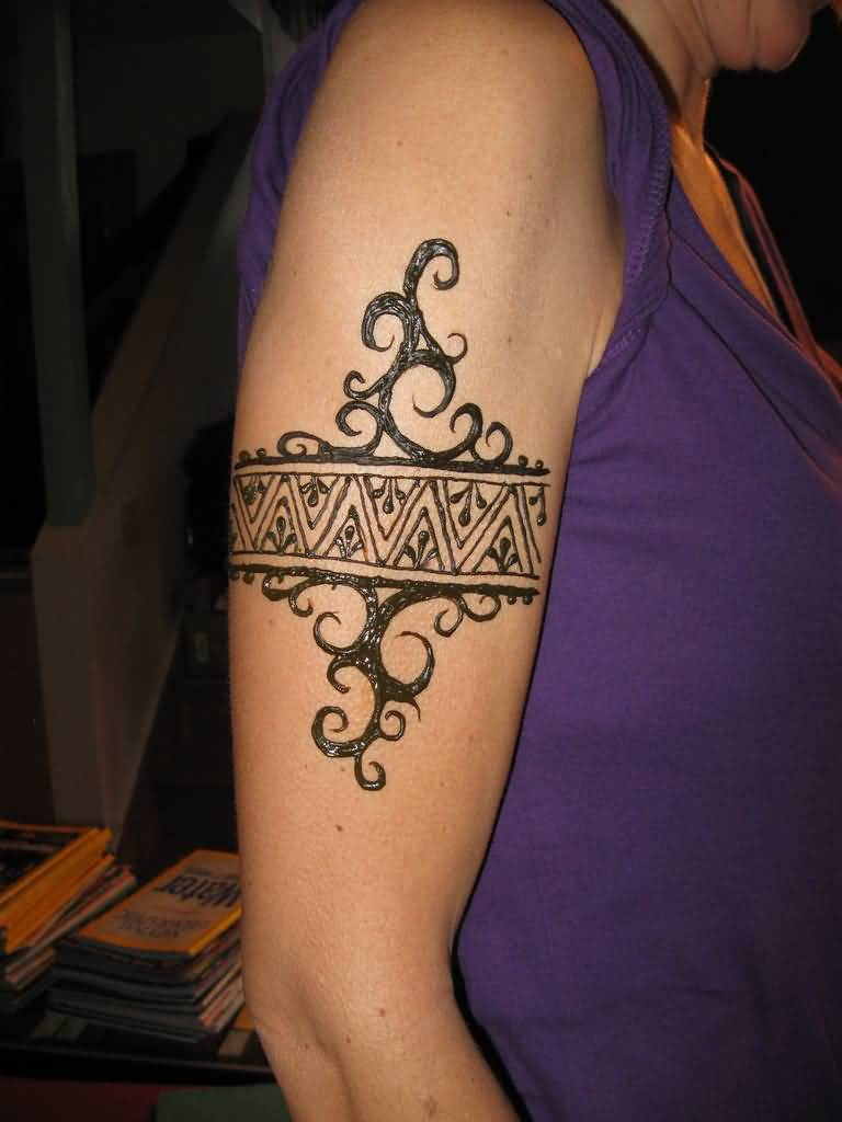 Stylish Armband Tattoo Design On Bicep