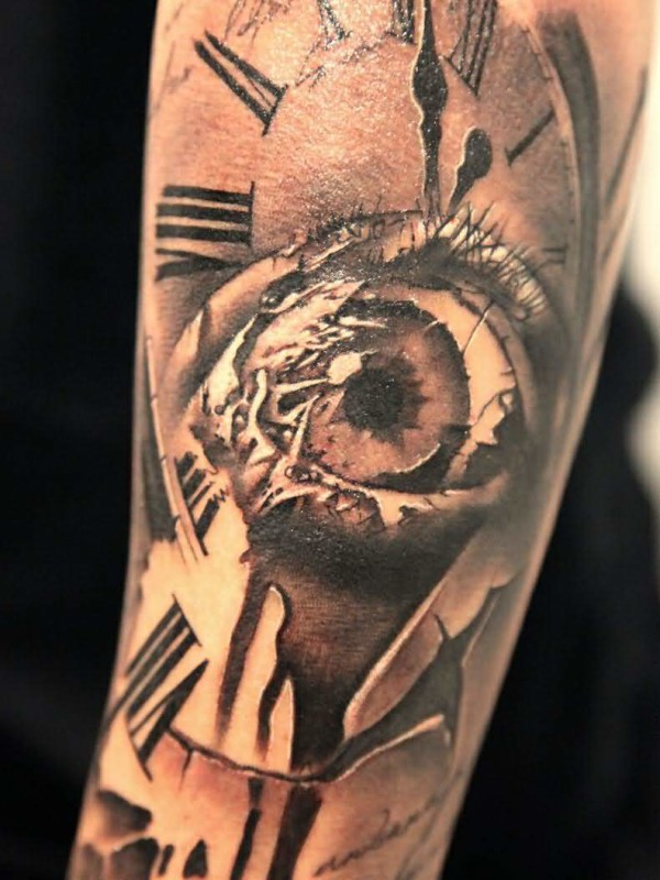 Brilliant 3D Ralistic Eye Clock Tattoo Made By Artist