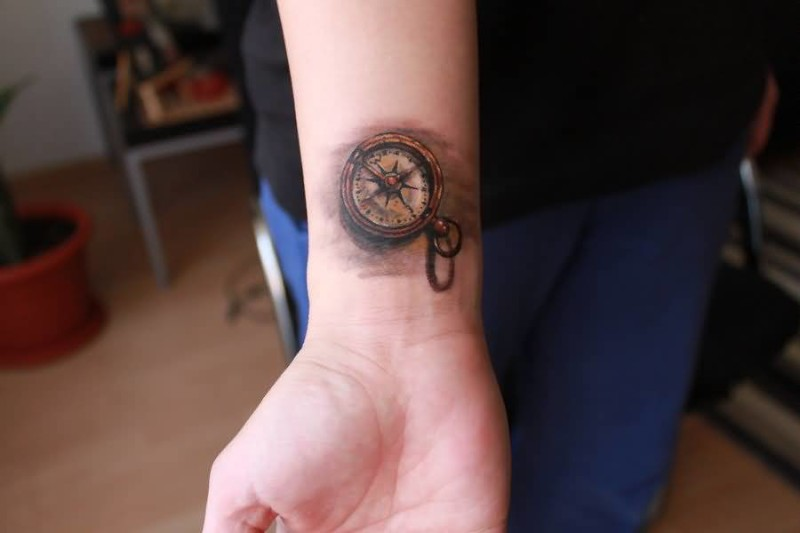 Brilliant Small Compass Tattoo Make On Back Sleeve