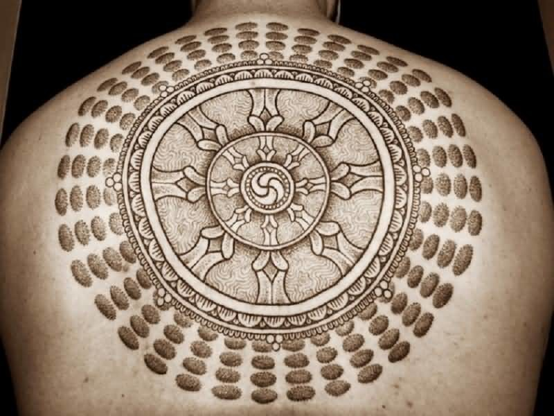 Incredible Upper Back Big Circle Tattoo For Men