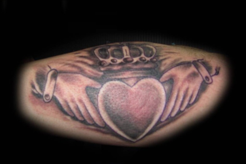 Nice One Simple Claddagh Tattoo Design