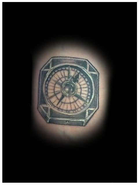 Traditional Old Compass Tattoo Design Made By Ink