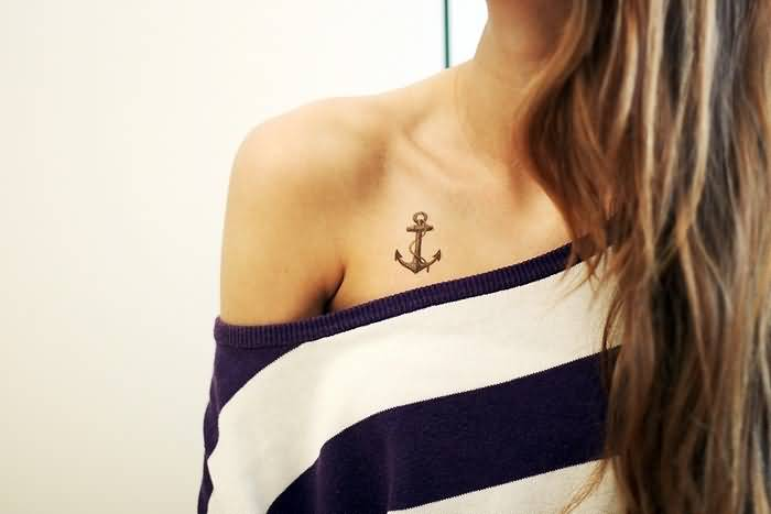 Women Collarbone Decorated With Amazing Anchor Tattoo Design
