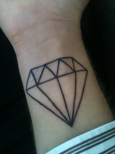 Lower Sleeve Cover Up With Outstanding Black Diamond Tattoo