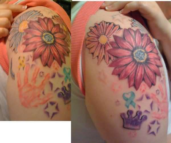 Lower Back Decorated With Outstanding Daisy Tattoo For Women