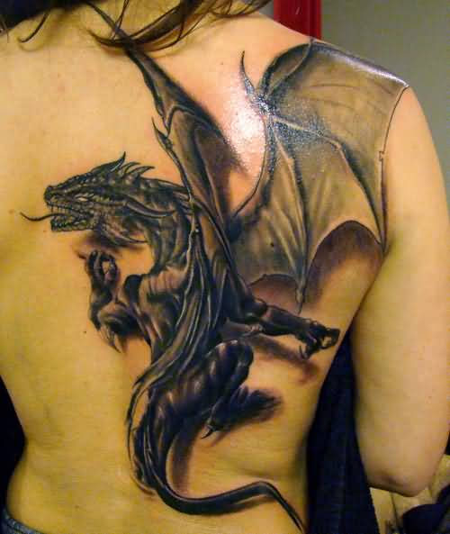 Realistic Crawling Dragon Tattoo  Design Make On Back For Women