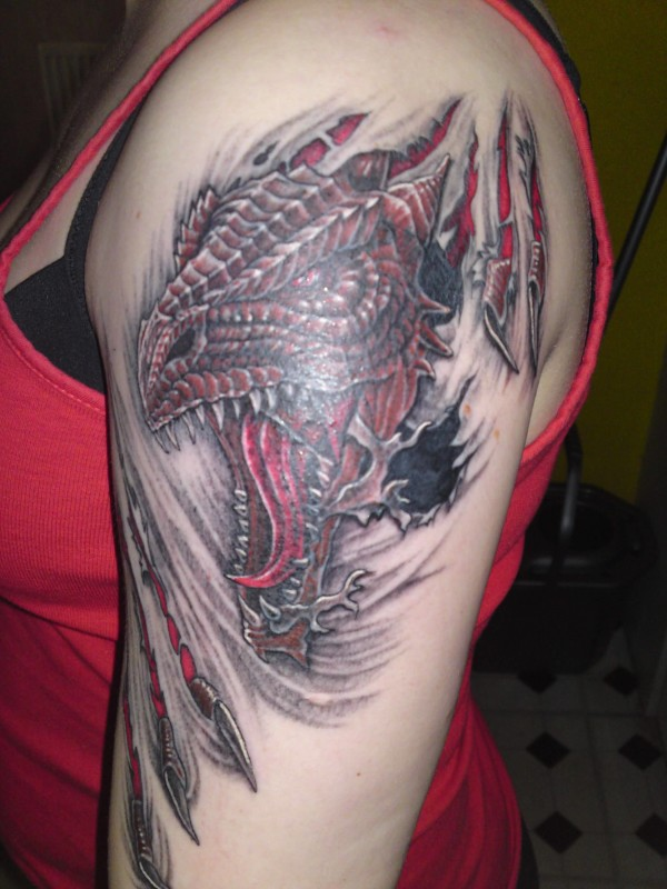 Women Upper Sleeve Cover up With Brilliant Ripped Skin Dragon Tattoo