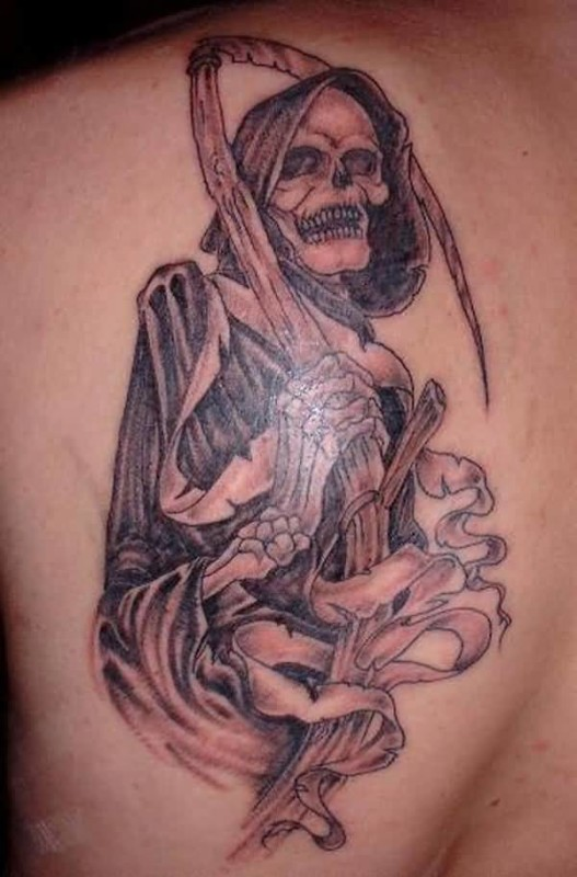 Wonderful Upper Back Cover Up With Outstanding Death Grim Tattoo For Hansome Cool Men