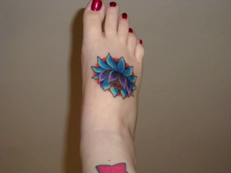 Fantastic Blue Floral Flowers Tattoo Design Make On Foot For Young Women