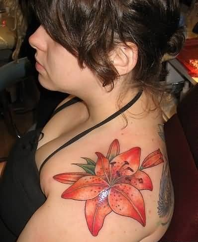Hot Women Upper Sleeve Lovely Feminine Flower Tattoo