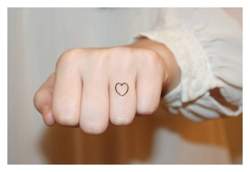 Nice One Great Ring Finger Small Heart Tattoo Design Make On Ring Finger