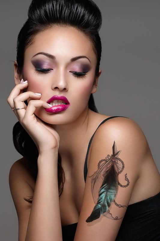 Ultimate Upper Sleeve Decorated With Outstanding Feather Tattoo For Women