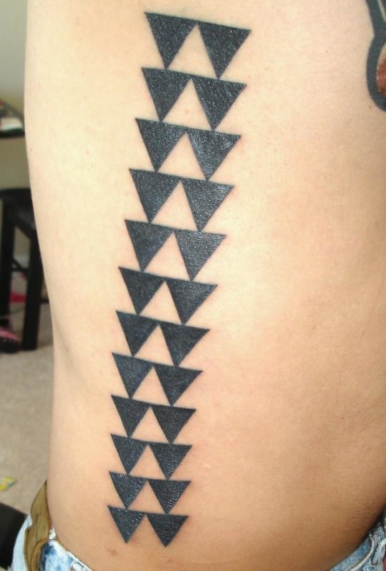 Black Ink Simple Nice Hawaiian Tattoo Design Made By Cool Artist