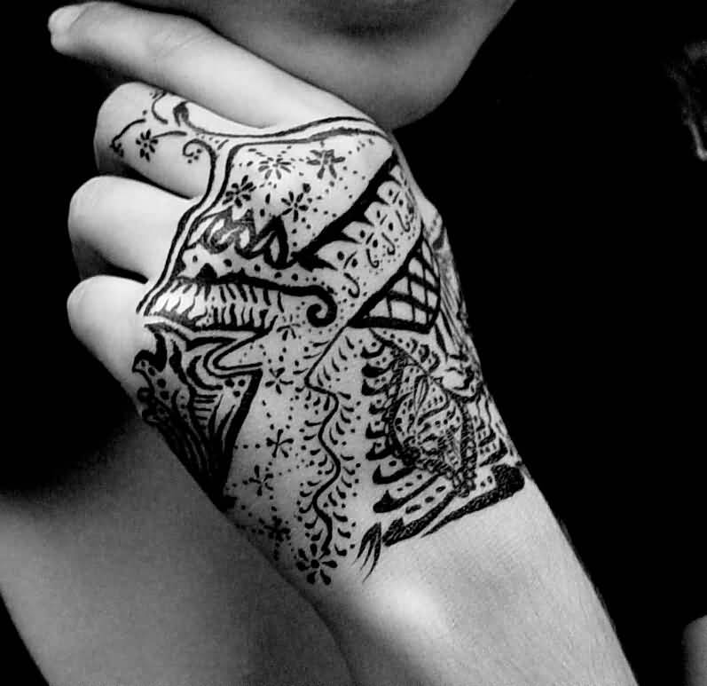Fantastic Black Ink Hand Tattoo Design For Cool Women