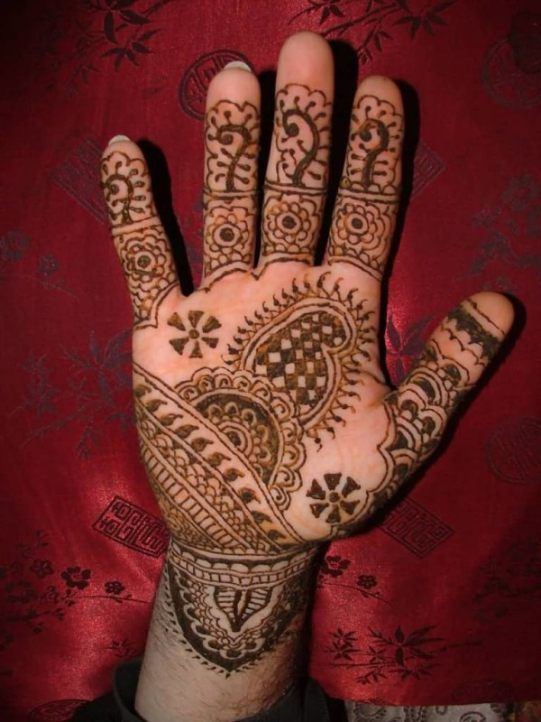 Mehndi Hands Cover Photos : Women hand tattoo ideas and designs page