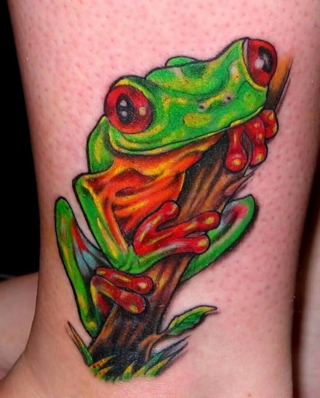 Fantastic Simple 3D Frog Tattoo Design