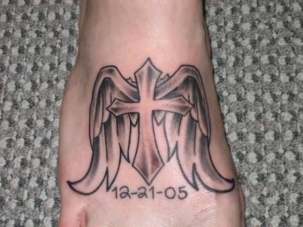memorable cross in nice angel wings tattoo design for foot. Black Bedroom Furniture Sets. Home Design Ideas