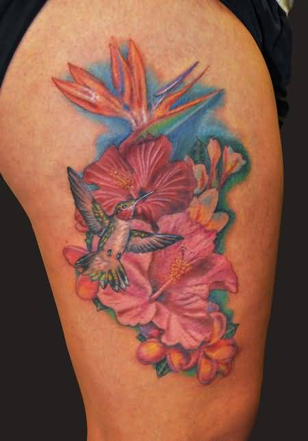 Mind Blowing Upper Sleeve Decorated With Outstanding Classy Hawaiian Flower Tattoo