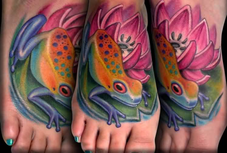 Nice Foot Decorated With Wondeful Frog And Nice Pink Flower Tattoo