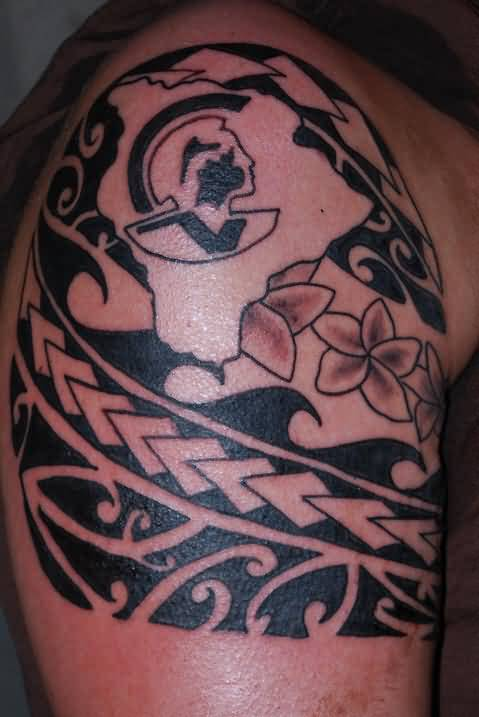 Stylish Upper Sleeve Decorated With Outstanding Hawaiian Flower Tattoo
