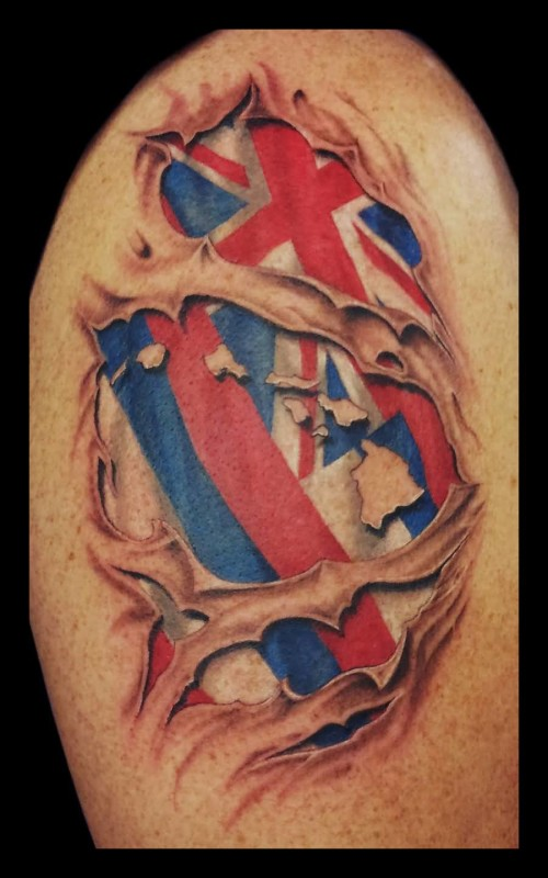 Ultimate Upper Sleeve Decorated With Brilliant Hawaiian Flag Tattoo Design Image
