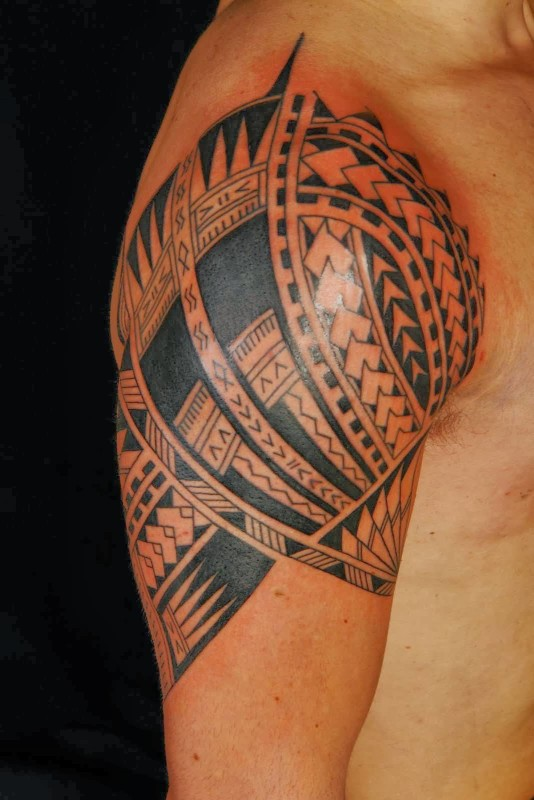 Ultimate Upper Sleeve Hawaiian Tattoo Design Image For Cool Men