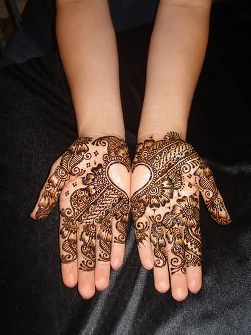 Another Best Simple Lovely Hands Nice One Henna Heart Tattoo For Women