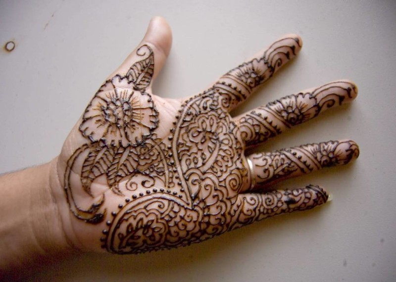 One More Coolest Henna Tattoo Design Image Make On Hand