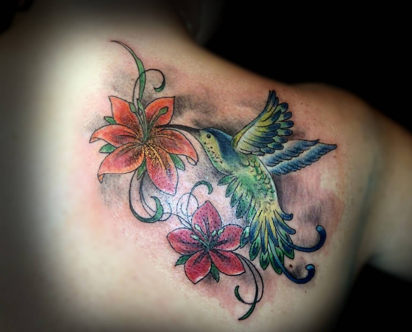 Small hummingbird tattoo ideas and small hummingbird for Hummingbird tattoo designs