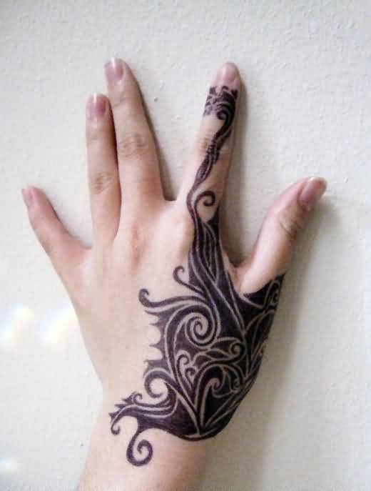 Simple Side Hand Tribal Henna Tattoo For Women ...