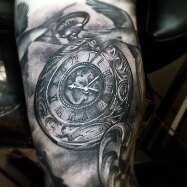 pocket watch tattoo ideas and pocket watch tattoo designs page 6. Black Bedroom Furniture Sets. Home Design Ideas
