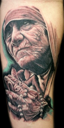 Close Hand Mother Saint Mary Old Mother Tattoo Designable Pictures